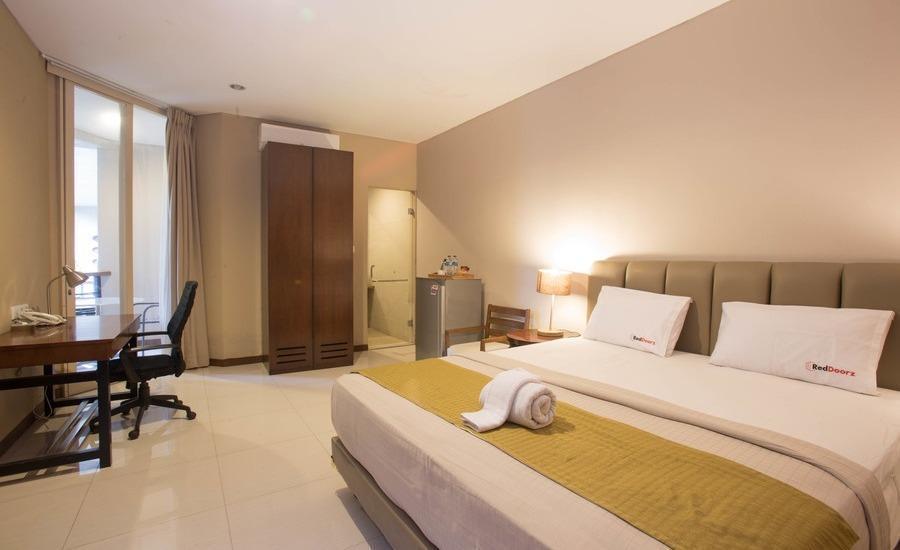 RedDoorz @Cipete Selatan Jakarta - Kamar tamu
