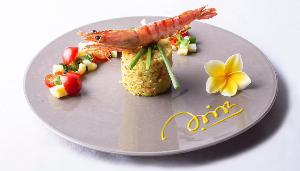 Pesonna Hotel Semarang - Seafood Fried Rice