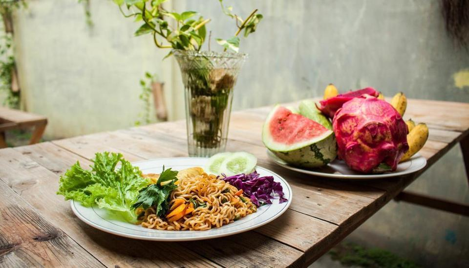 Kualanamu Guest House Medan - Breakfast