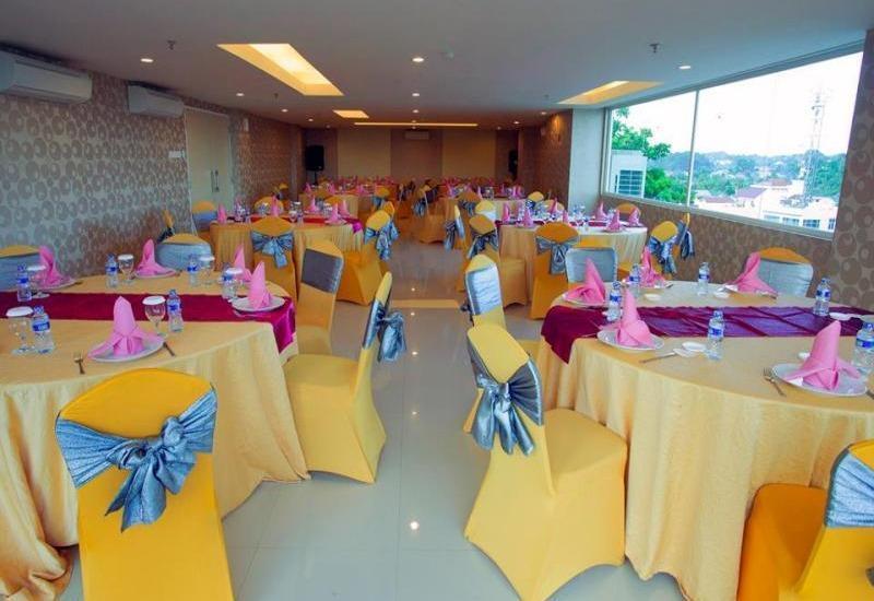 Fave Hotel Balikpapan - Restaurant