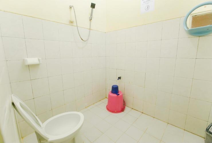 Pondok Rizqi Surabaya - Bathroom