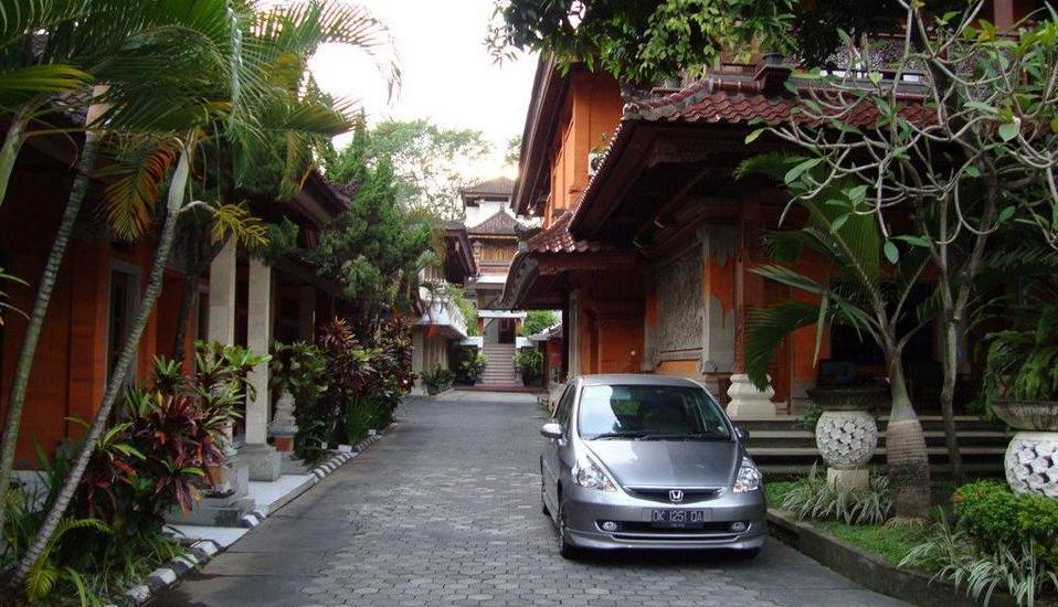 Hotel Ratu Bali - Parking 5
