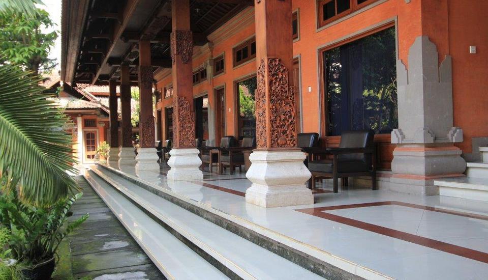Hotel Ratu Bali - Tampak Luar Teras 2