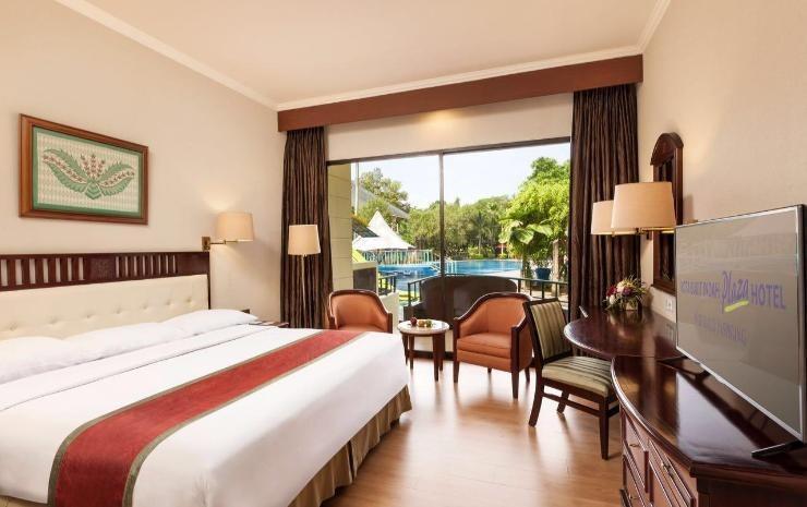 Kota Bukit Indah Plaza Hotel Purwakarta - Deluxe Balcony