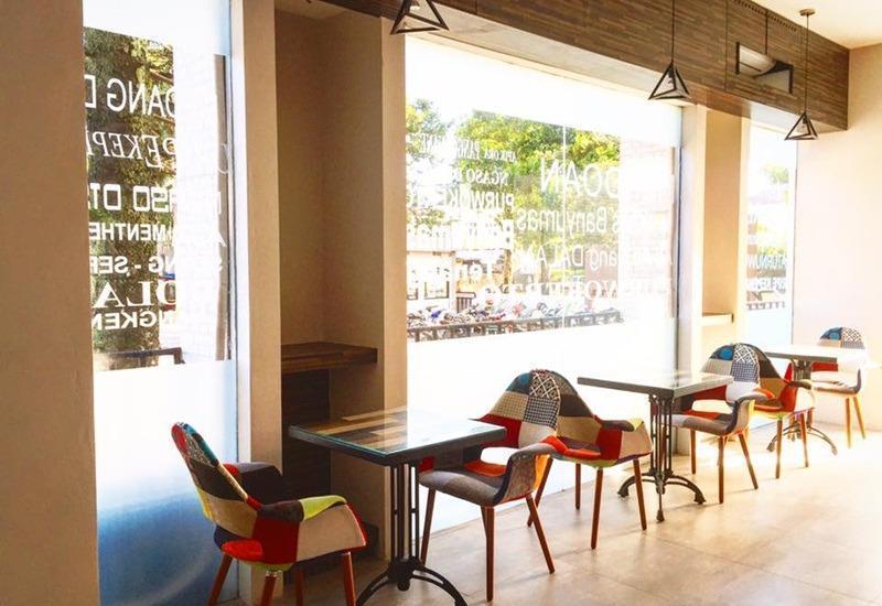 Meotel Purwokerto - Cafe