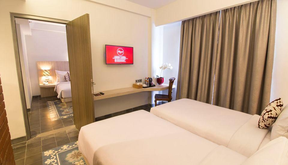 Burza Hotel  Yogyakarta - Deluxe Room
