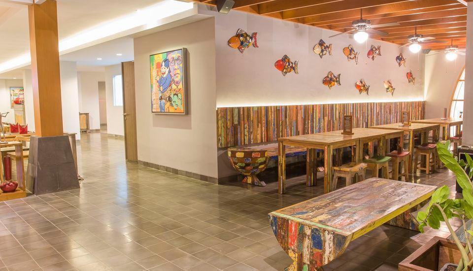 Burza Hotel  Yogyakarta - Lounge