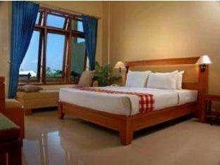 Febris Hotel Bali - Kamar Superior