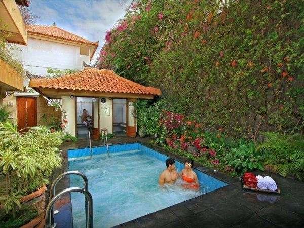 Febris Hotel Bali - Jacuzzi + Mandi Uap
