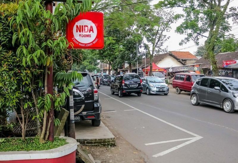 NIDA Rooms Lodaya 83 Lenkong - Nidarooms Light Box