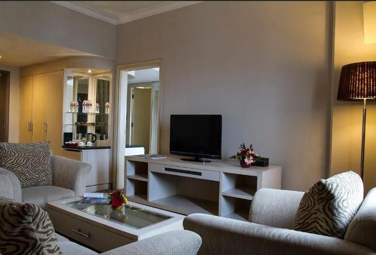 Verwood Hotel and Serviced Residence Surabaya - Deluxe Suite Save