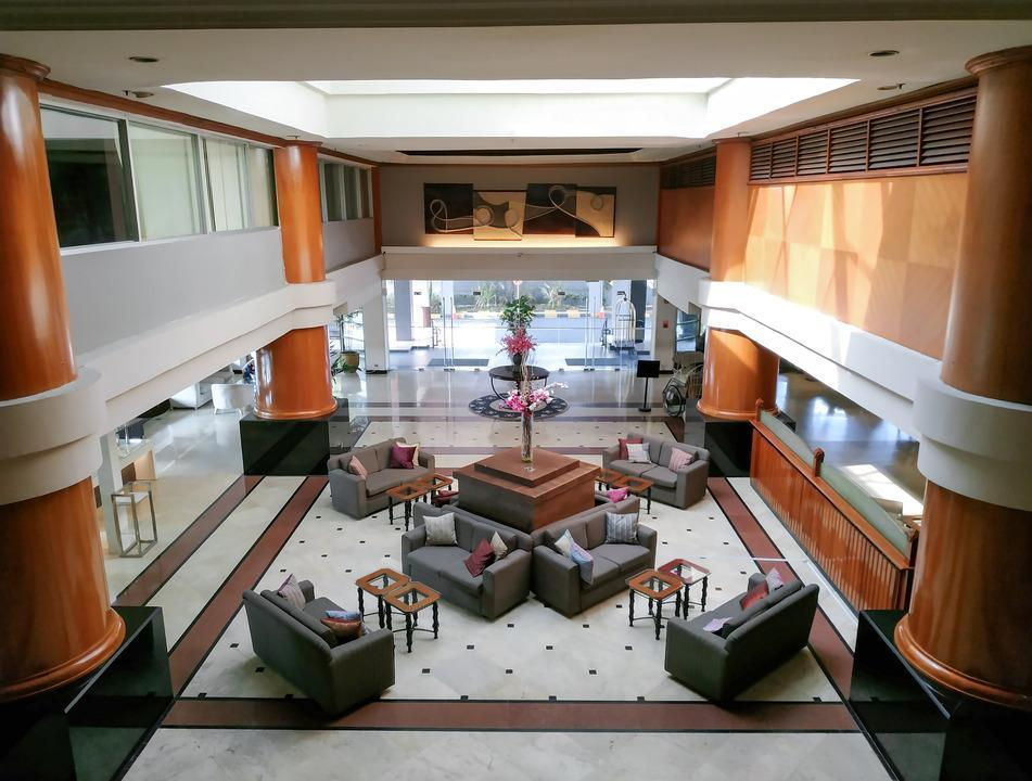 Verwood Hotel and Serviced Residence Surabaya - Lobby