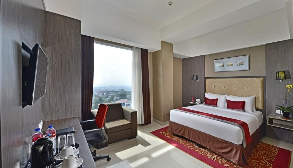 Travello Hotel Bandung - Deluxe With Breakfastt Min Stay promo