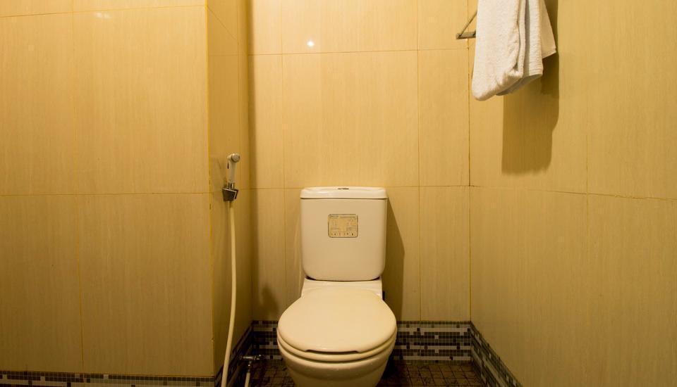 RedDoorz @Cipete Utara 2 Jakarta - Kamar mandi