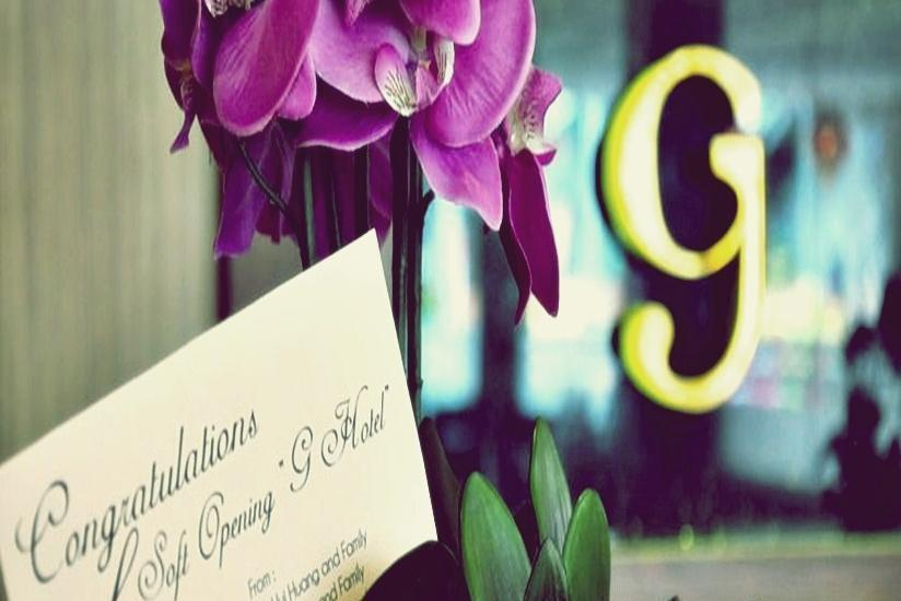 G Hotel Pontianak - Karangan Bunga