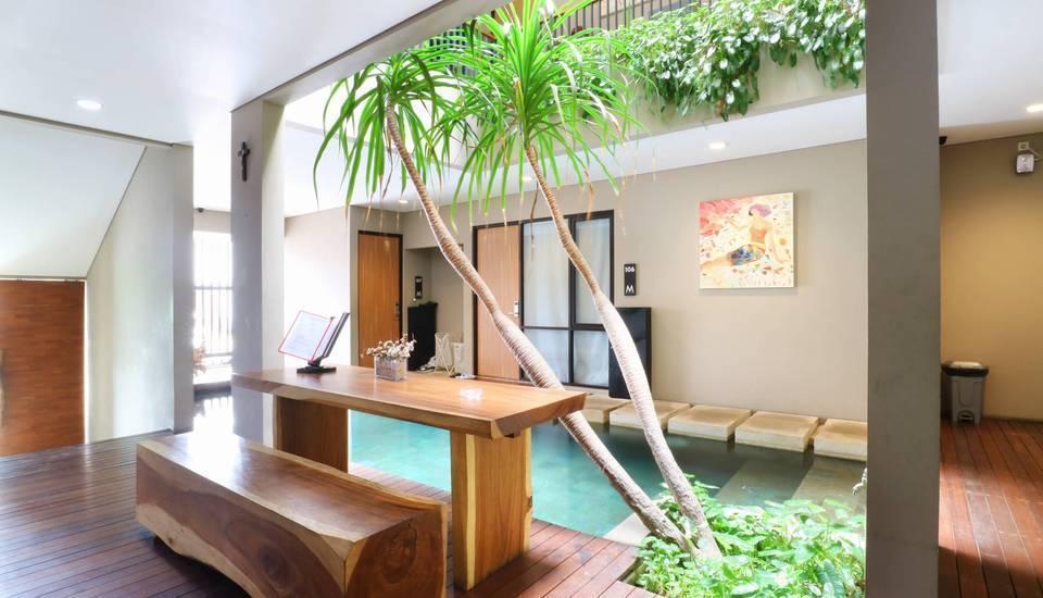M Suite Lippo Karawaci Tangerang - Pool