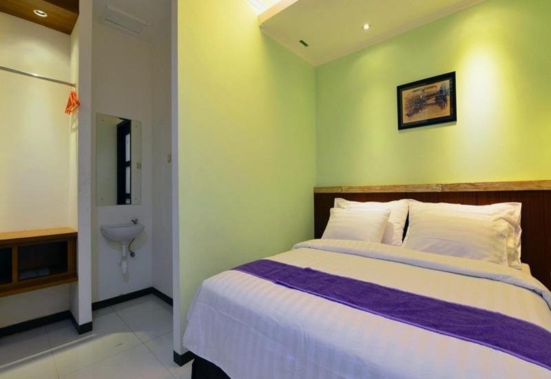 Sofyan Inn Grand Kalimas - Hotel Halal Nyamplungan - Kamar Superior