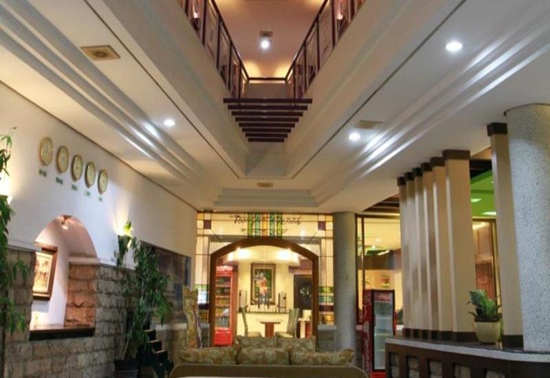 Sofyan Inn Grand Kalimas - Hotel Halal Nyamplungan - Lobi
