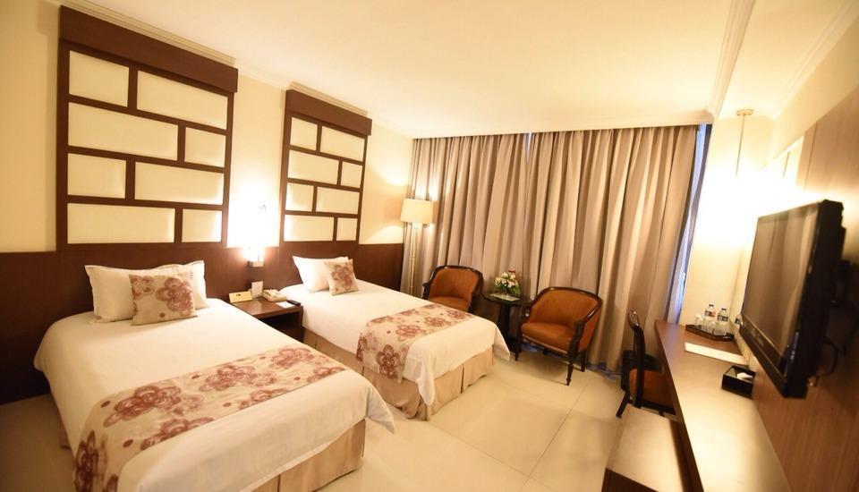 Kedaton Hotel Bandung - Deluxe Twin With Breakfast Weekdays Promo