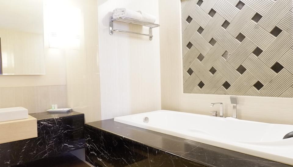 Kedaton Hotel Bandung - Junior Suite With Breakfast Hot Deals Suite