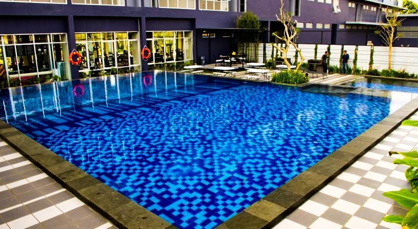 Simply Valore Hotel Cimahi - Kolam Renang