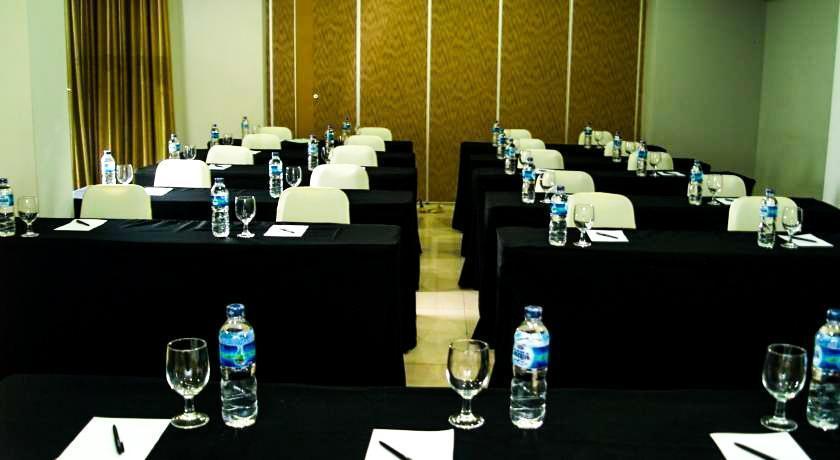 Simply Valore Hotel Cimahi - Ruang Pertemuan