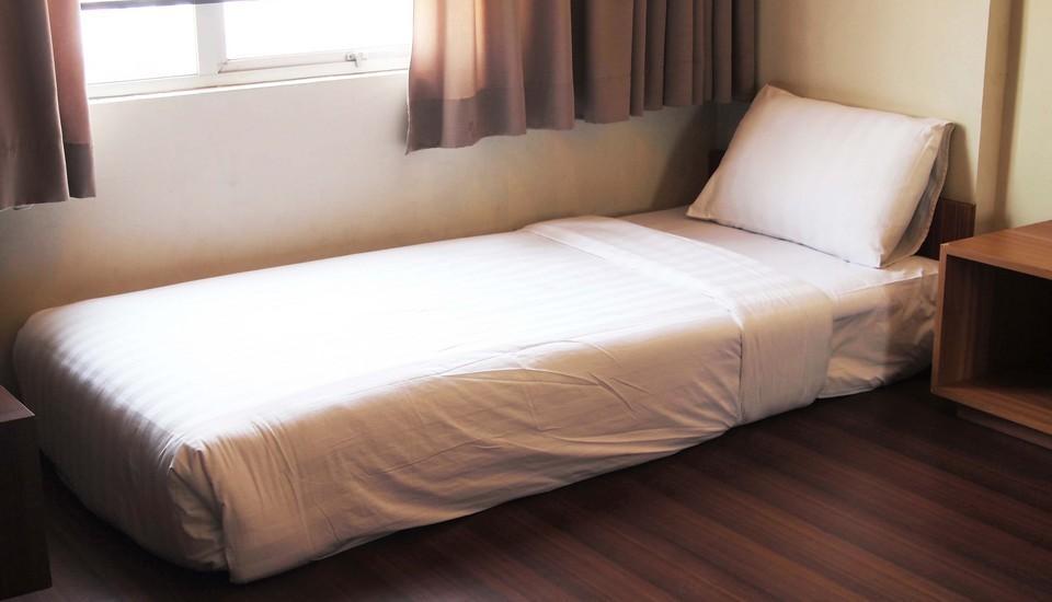 Simply Valore Hotel Cimahi - Junior Suite
