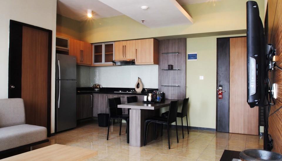 Simply Valore Hotel Cimahi - Suite Room
