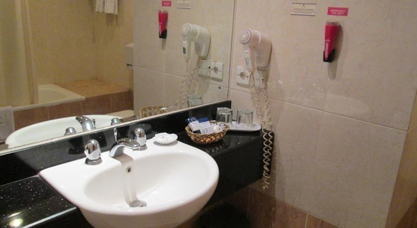 Hotel Pacific Balikpapan - Guest Room