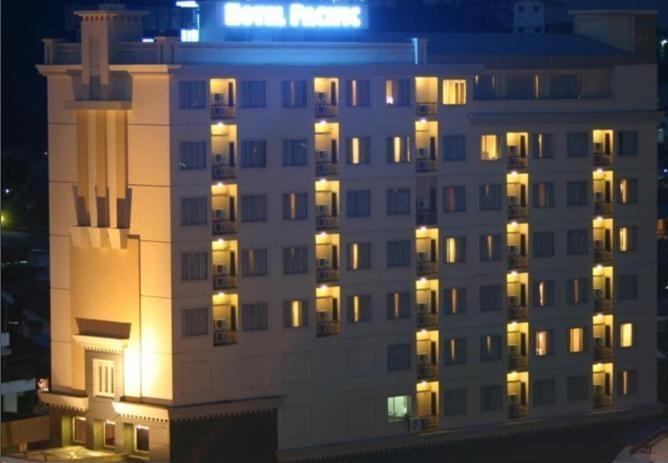 Hotel Pacific Balikpapan - Exterior