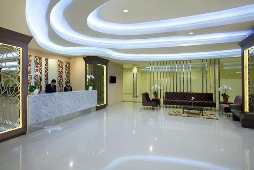 Hotel Santika Depok - Lobi