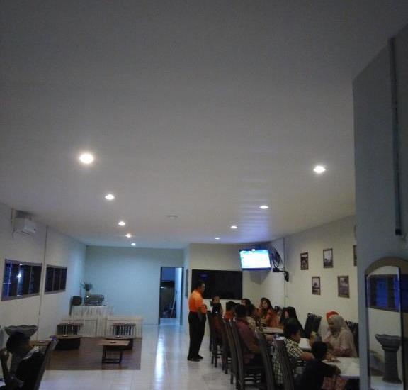 De Ritz Hotel Surabaya - Restoran