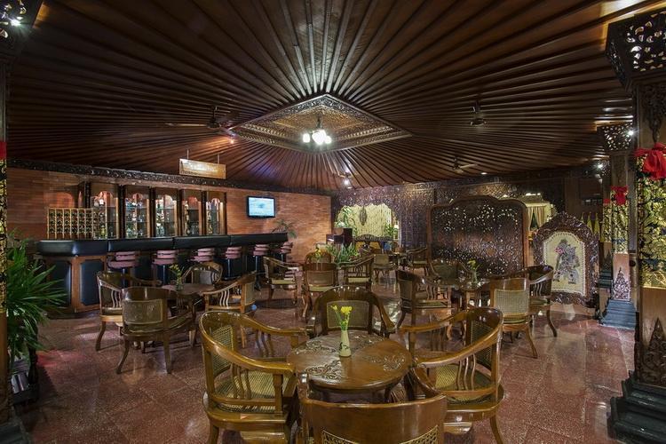 Hotel Puri Artha Yogyakarta - Bar