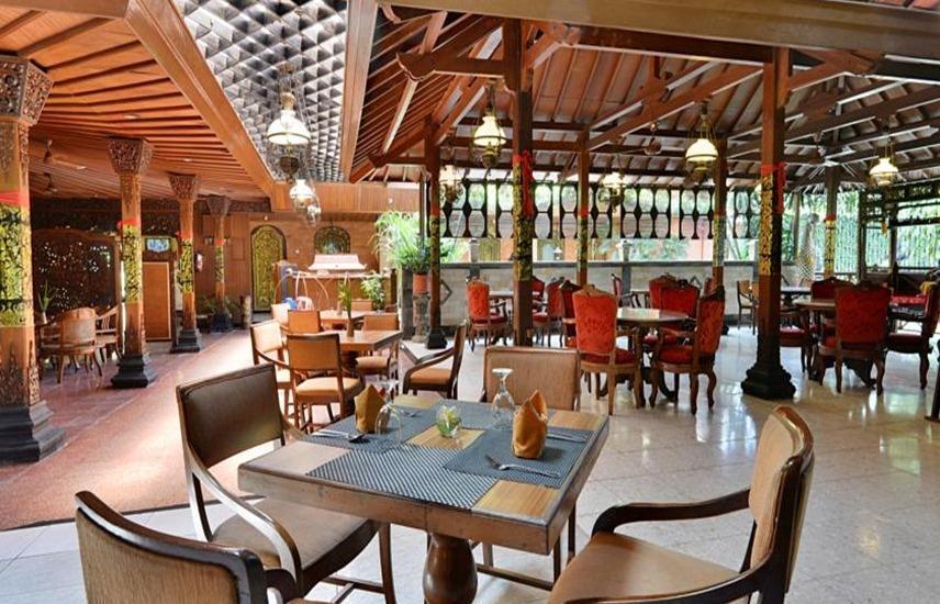Hotel Puri Artha Yogyakarta - Restoran
