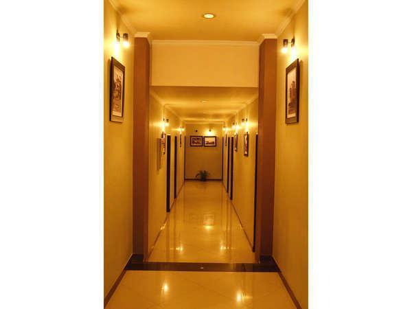 Hotel Serena Bandung - Coridor