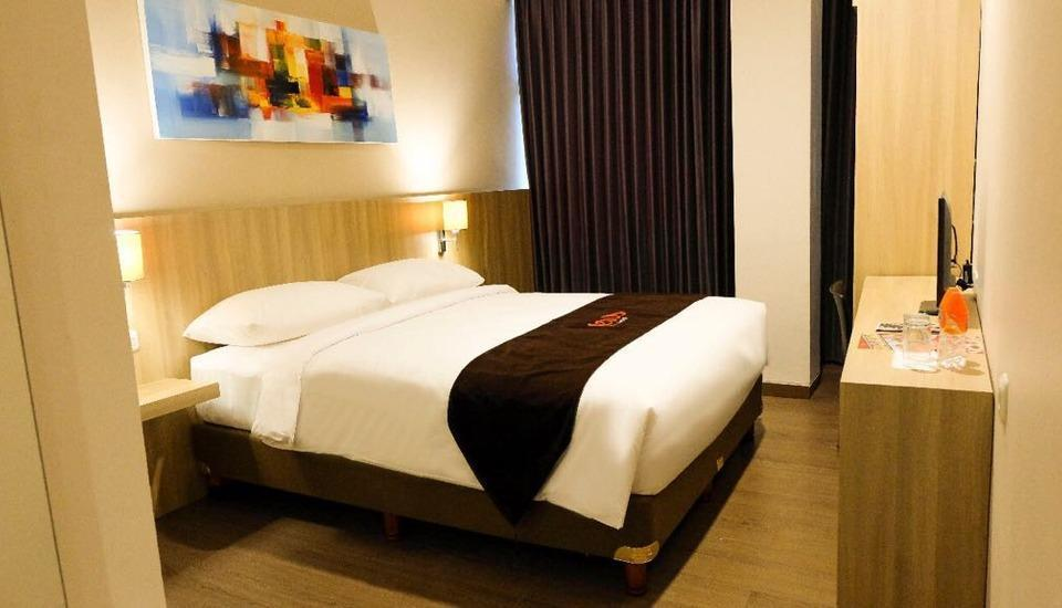 News Hotel Surabaya - Superior Double Room Regular Plan