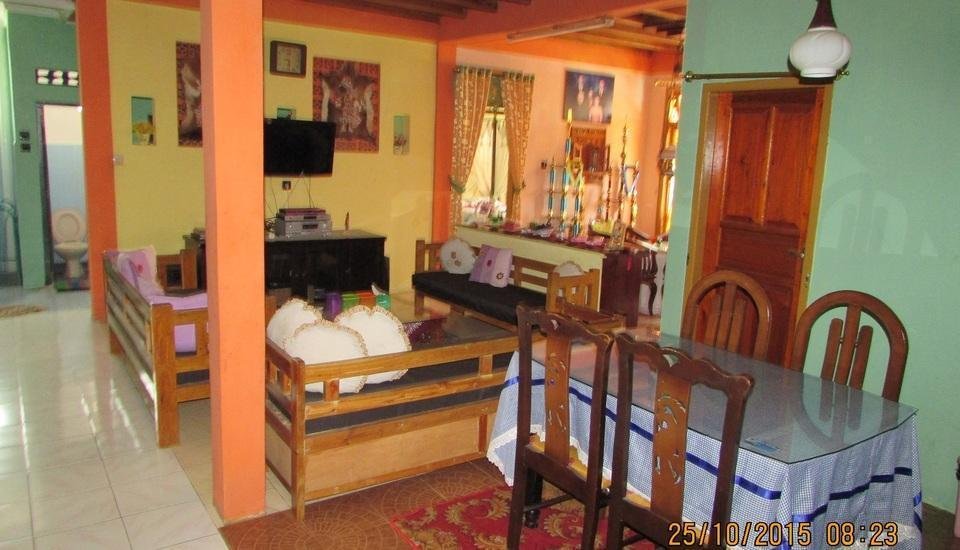Ortegha Homestay Wonosobo - Ruang Santai dan Ruang Makan