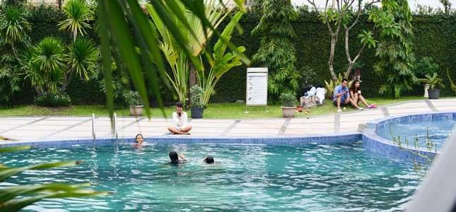 The Sun Hotel Surabaya - Swimming Pool