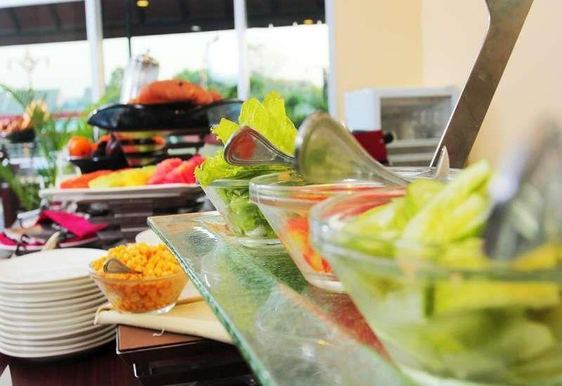 Merapi Merbabu Hotel Bekasi - Makanan & Minuman