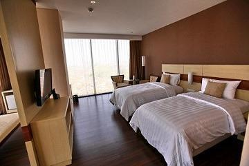 Hotel California Bandung - Suite Twin With Breakfast Regular Plan