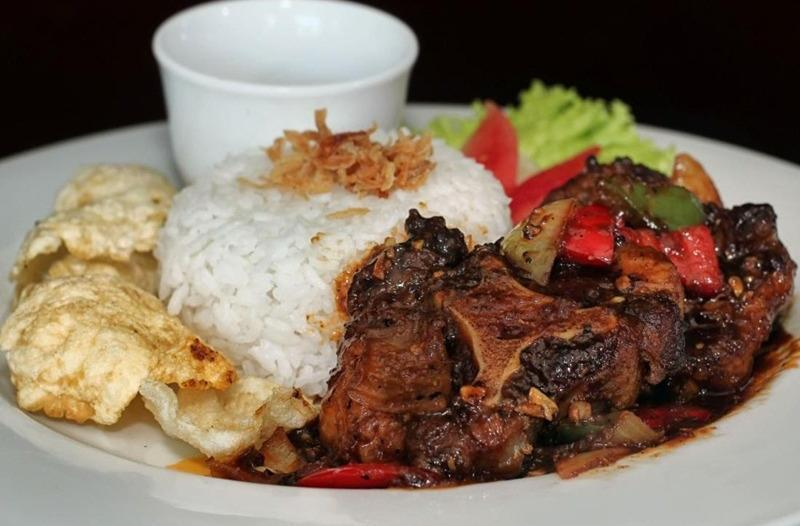 Grand Suka Hotel Pekanbaru Pekanbaru - Makanan