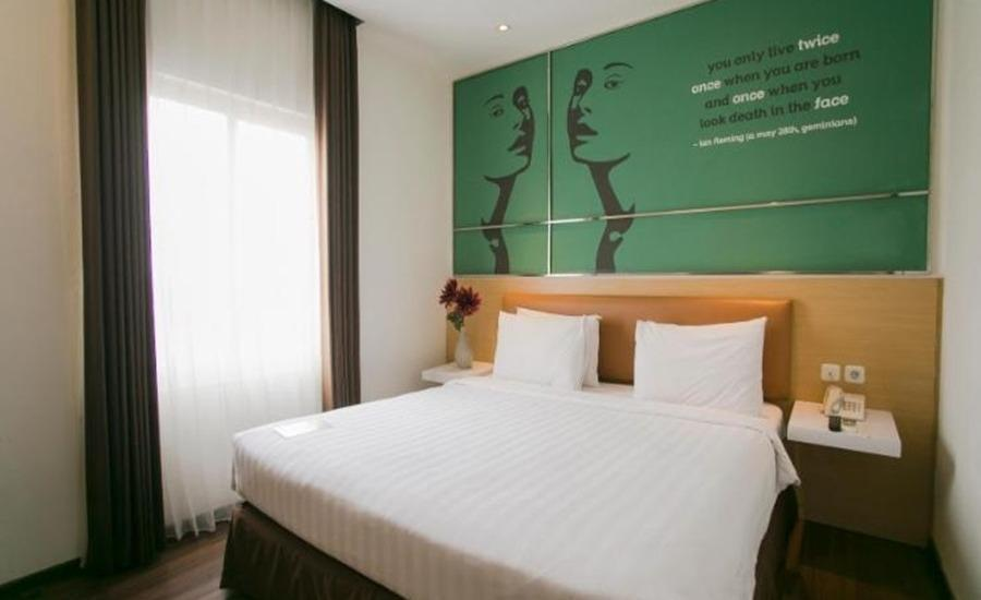 Best Hotel Surabaya Surabaya - Deluxe Room Only   Regular Plan