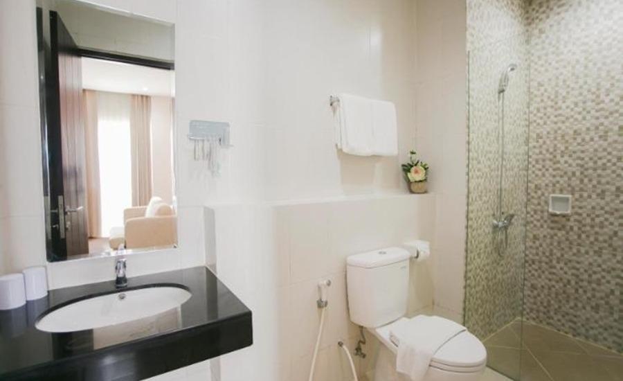 Best Hotel Surabaya Surabaya - Kamar mandi