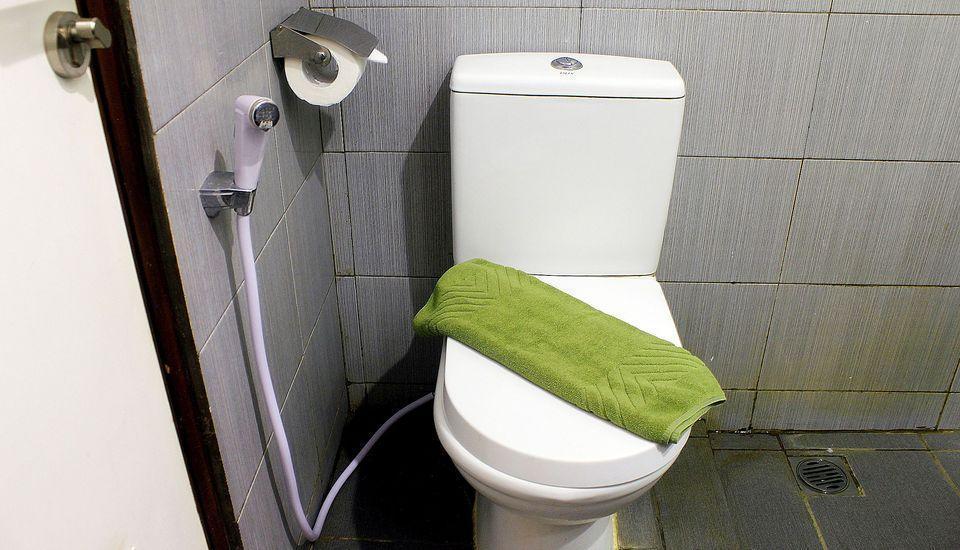 ZenRooms Lengkong Gatot Subroto - Kamar mandi