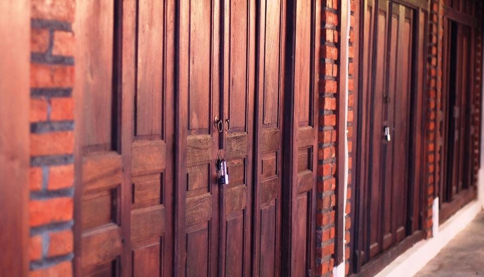 Iwabana Homestay Bali - Tampak depan pintu kamar