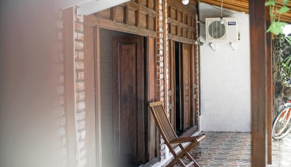 Iwabana Homestay Bali - Pintu Kamar