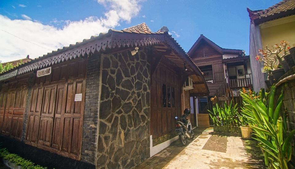 Iwabana Homestay Bali - Entrance Area