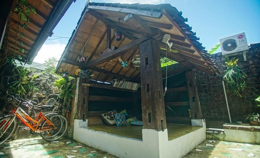 Iwabana Homestay Bali - Gazebo