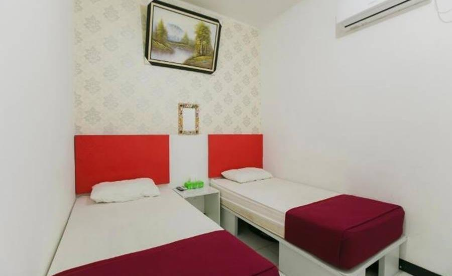 Salina Guest House Syariah Surabaya - Superior Twin Regular Plan