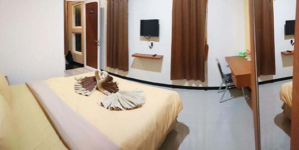 DENOFE HOUSE Cirebon -